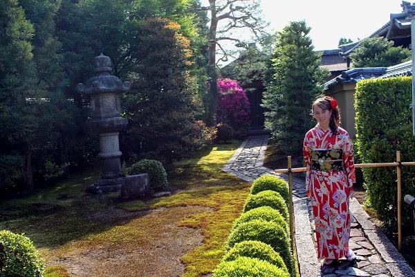 K.hall-kimono.JPG