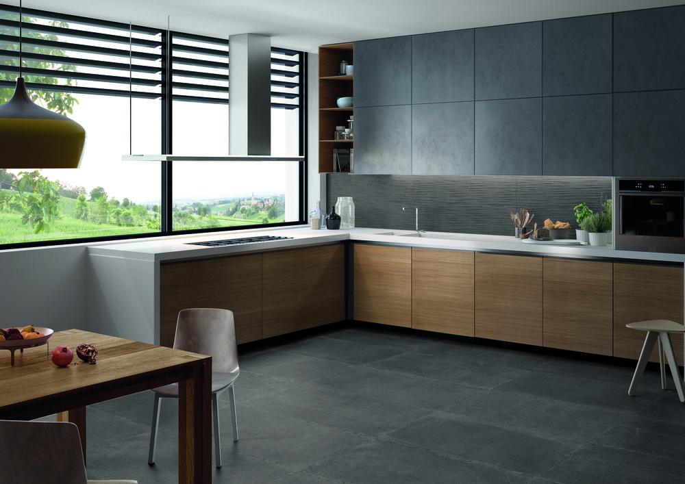 Limestone Dark Nat 30x120-30x120 Parallelo Amb Cucina.jpg