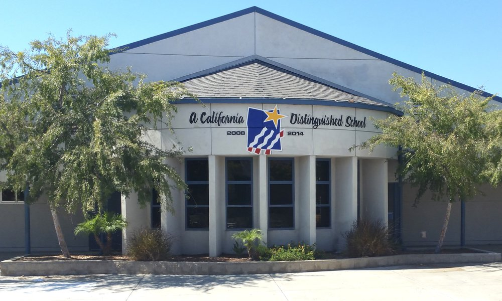 PRADO VIEW ELEMENTARY PAINTED DISTINGUISHED SCHOOL AWARD
