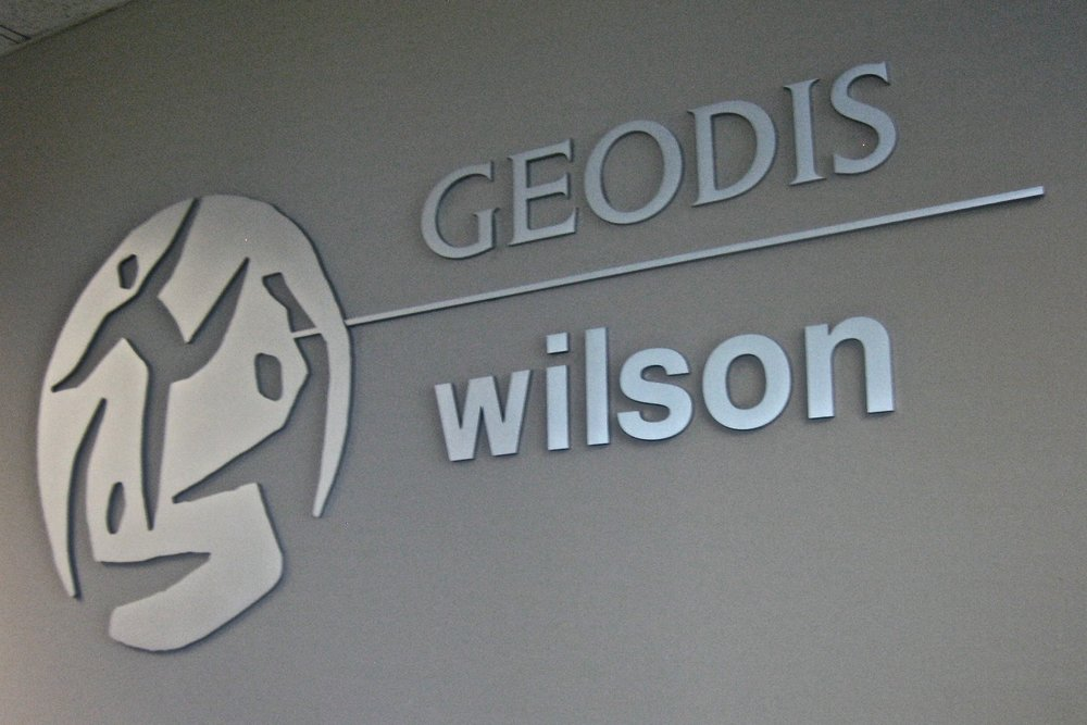 Geodis Wilson reception dimensional logo