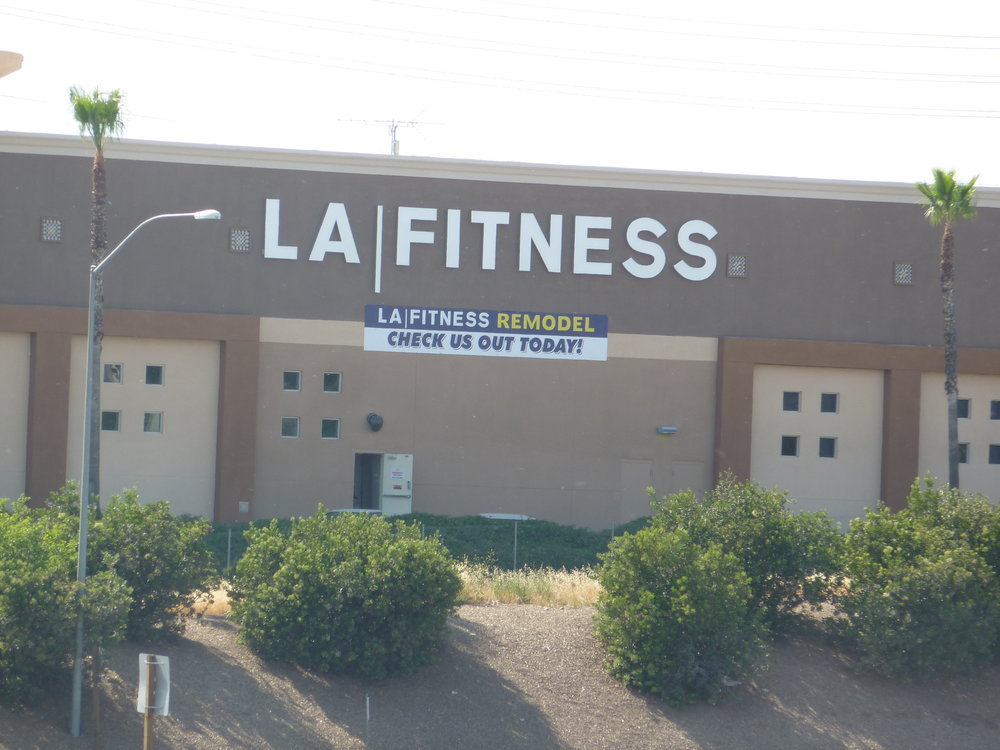 Custom digitally printed LA FITNESS advertising banner