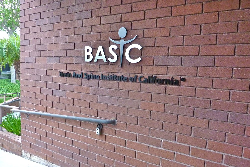 Brain and Spine Institute entry dimensional letters and logo