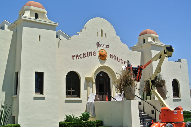 ANAHEIM PACKING HOUSE HAND PAINTED GRAPHICS
