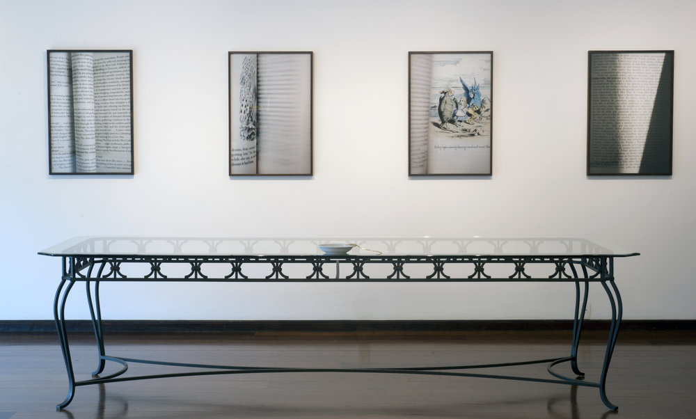 Instalação Páginas Viradas no escritorio de arte Martha Pagy