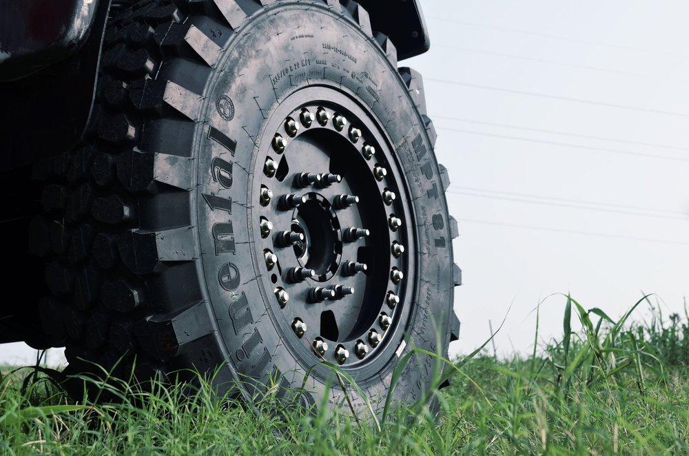 DBL Super Single F550 Wheels 4x4 10 Lug