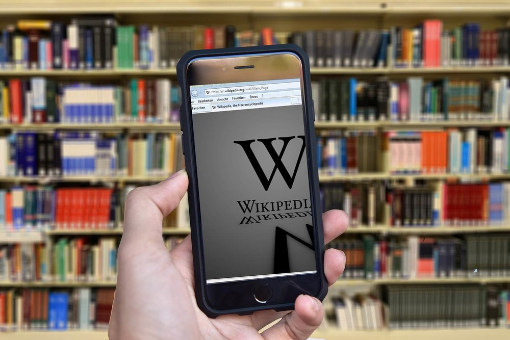 Far Wikipedia