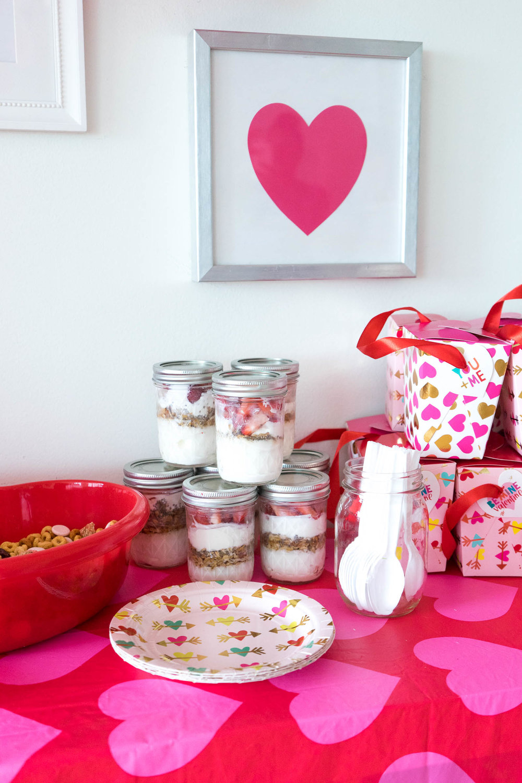 valentines-day-toddler-party_diy-3.jpg