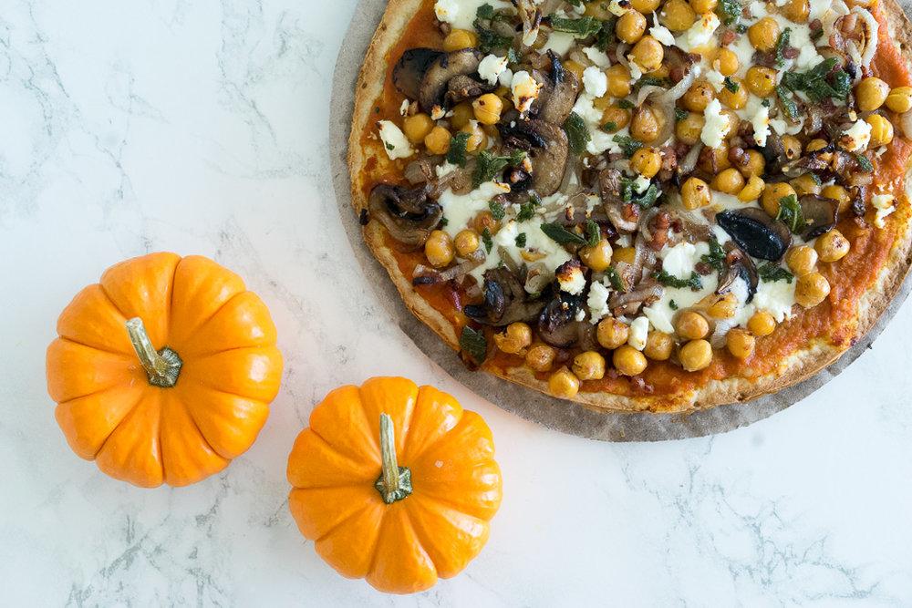 Gluten-Free-Pumpkin-Pizza_.jpg