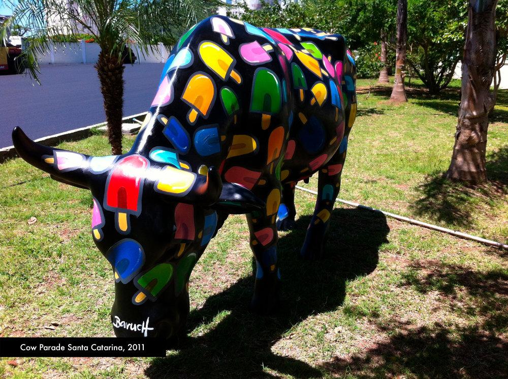 cow_parada_balneário_2011_picowle_2.jpg