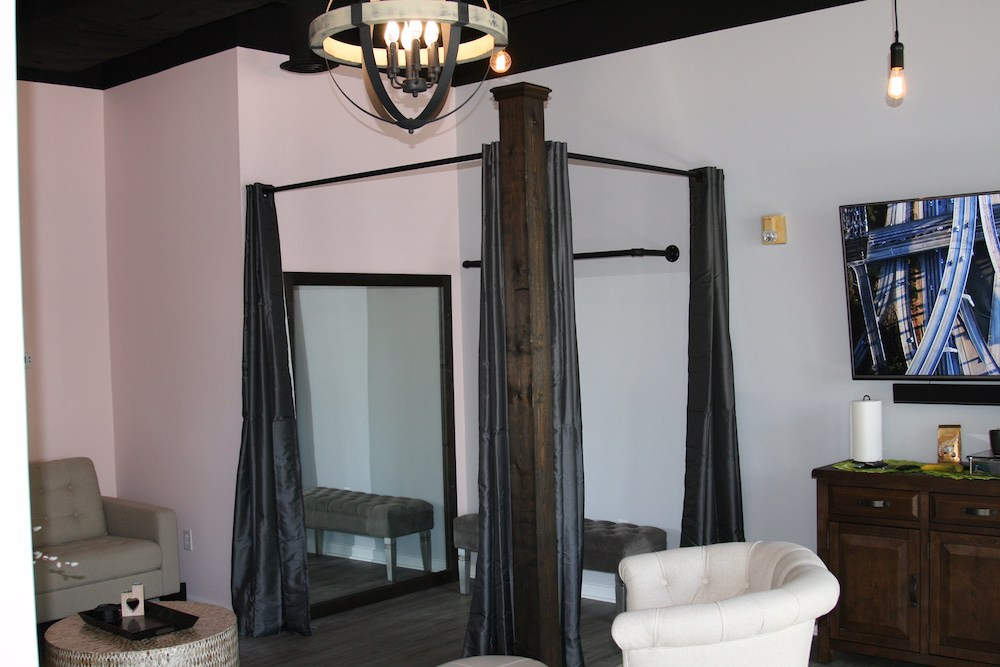 wilmington-nc-downtown-bridal-suite-1.jpg