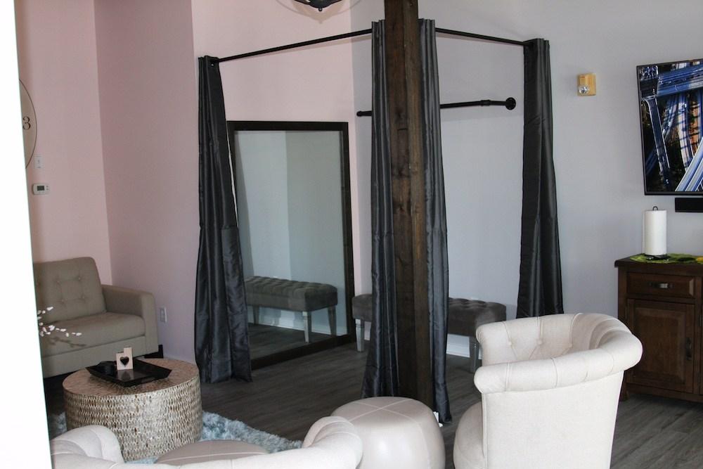 wilmington-nc-downtown-bridal-suite-4.jpg