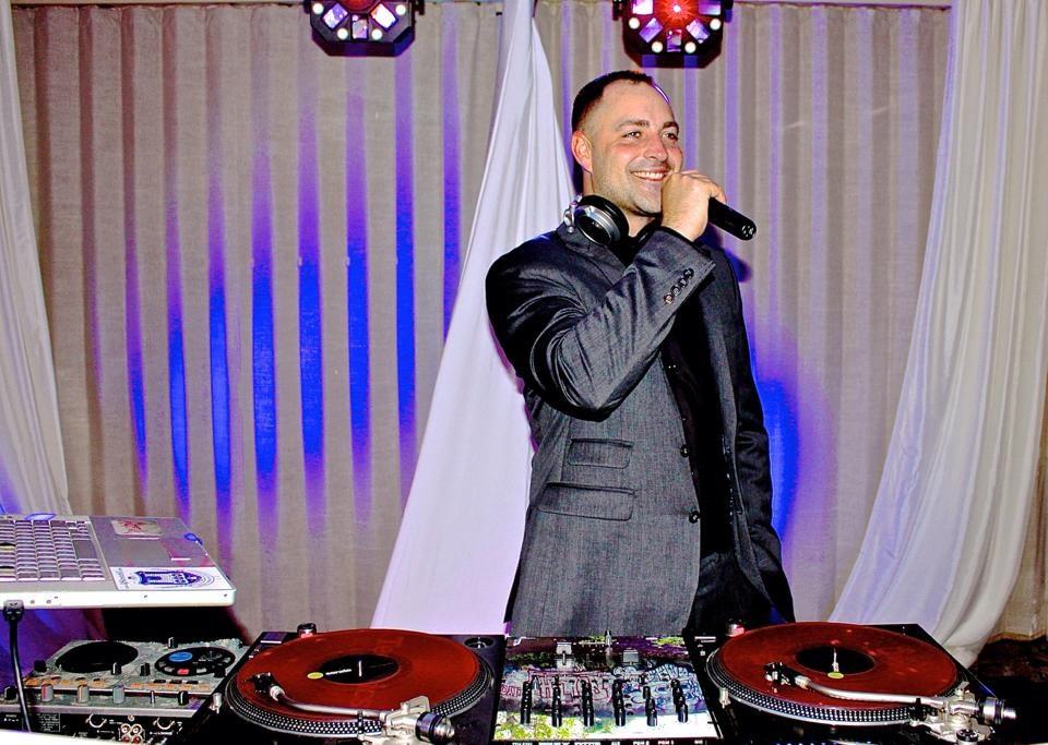 Wedding-DJ-Wilmington-6.jpg