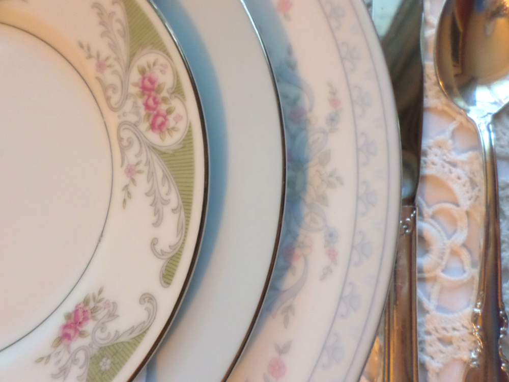 Vintage-Wedding-Rentals-Plates-Wilmington-NC-2.png