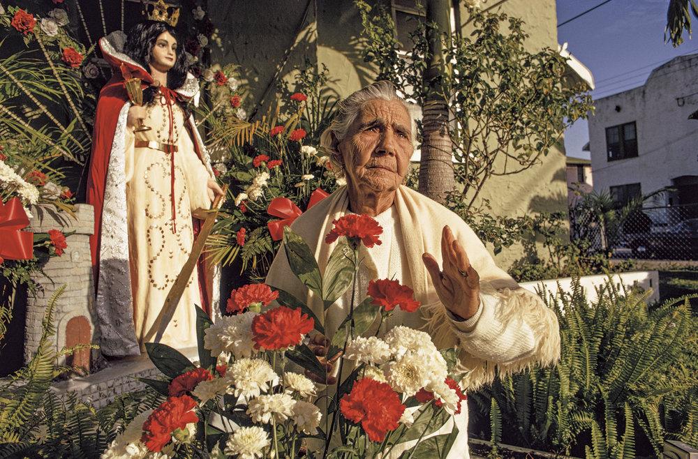 Cuban-born grandmother with her patron saint | Abuela cubana con su patrona, Little Havana
