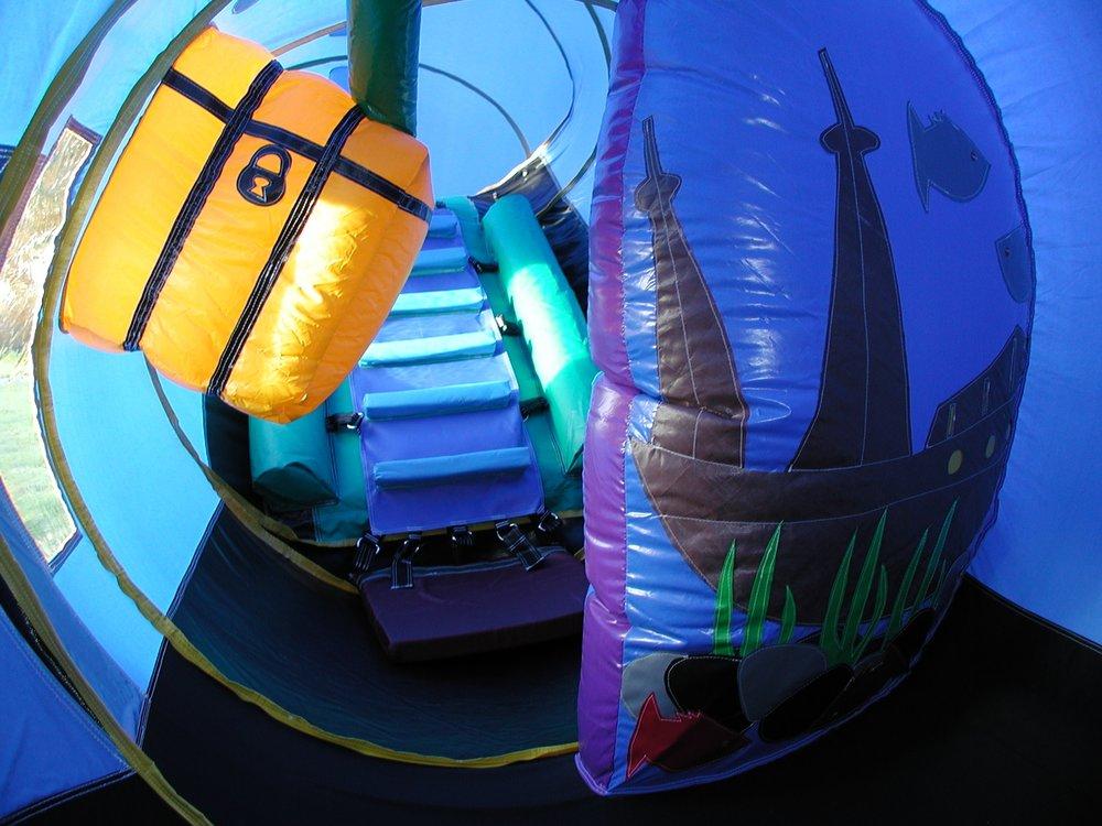 undersea inside3.JPG