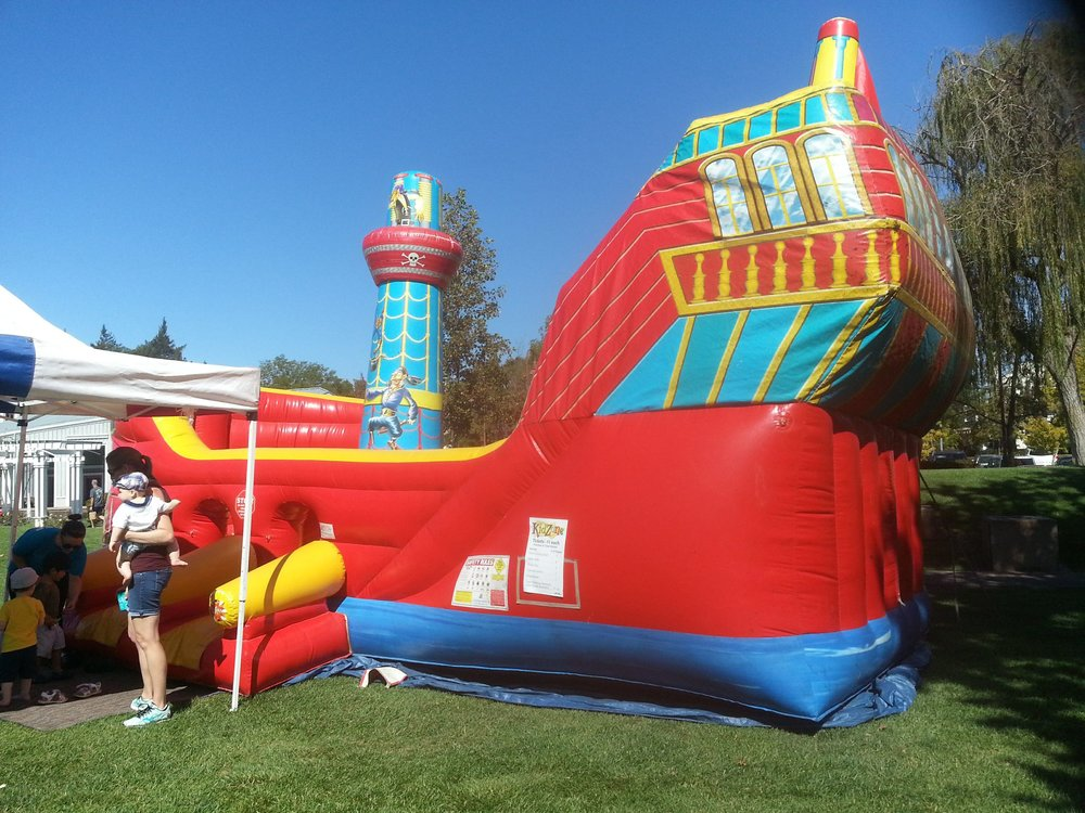 pirate ship inflate out.jpg