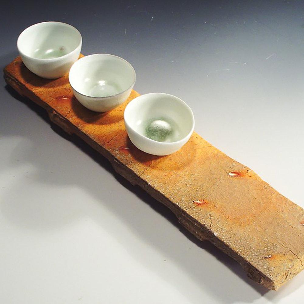 4. three_bowls_porcelain_on_stoneware_stand (2).jpg