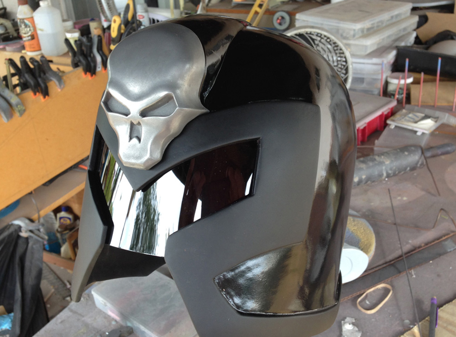 The rest of the helmet got a gloss black finish.