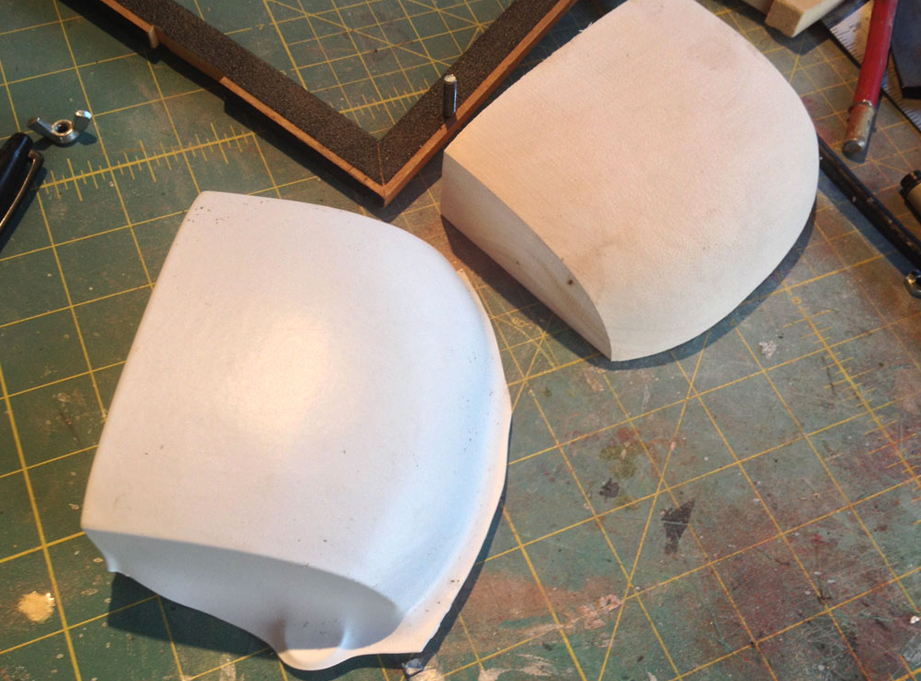 I vacuum formed some styrene over the interior head form to make a stand-in visor.