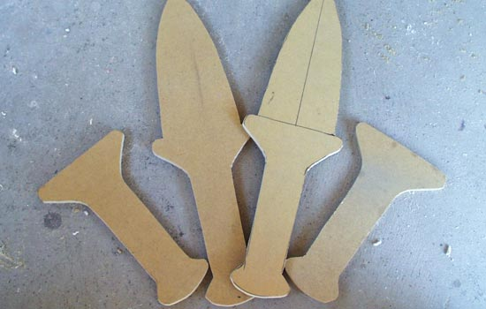 I used layers of 1/4″ MDF. Two layers for the blade and two for the grip thickness.