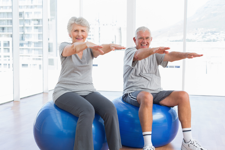 older+people+exercise+on+stability+balls[806].jpg
