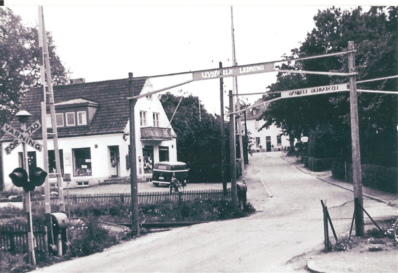 Järnvägsövergången       Ramlösa Brunn.jpg