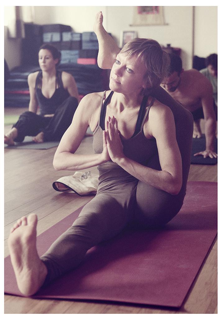 Gwenola Froment Mysore Yoga Paris Ashtanga Yoga Studio Paris 11e