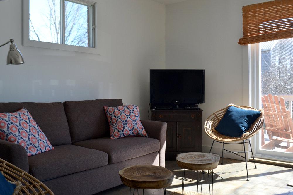 livingroomannex.jpg