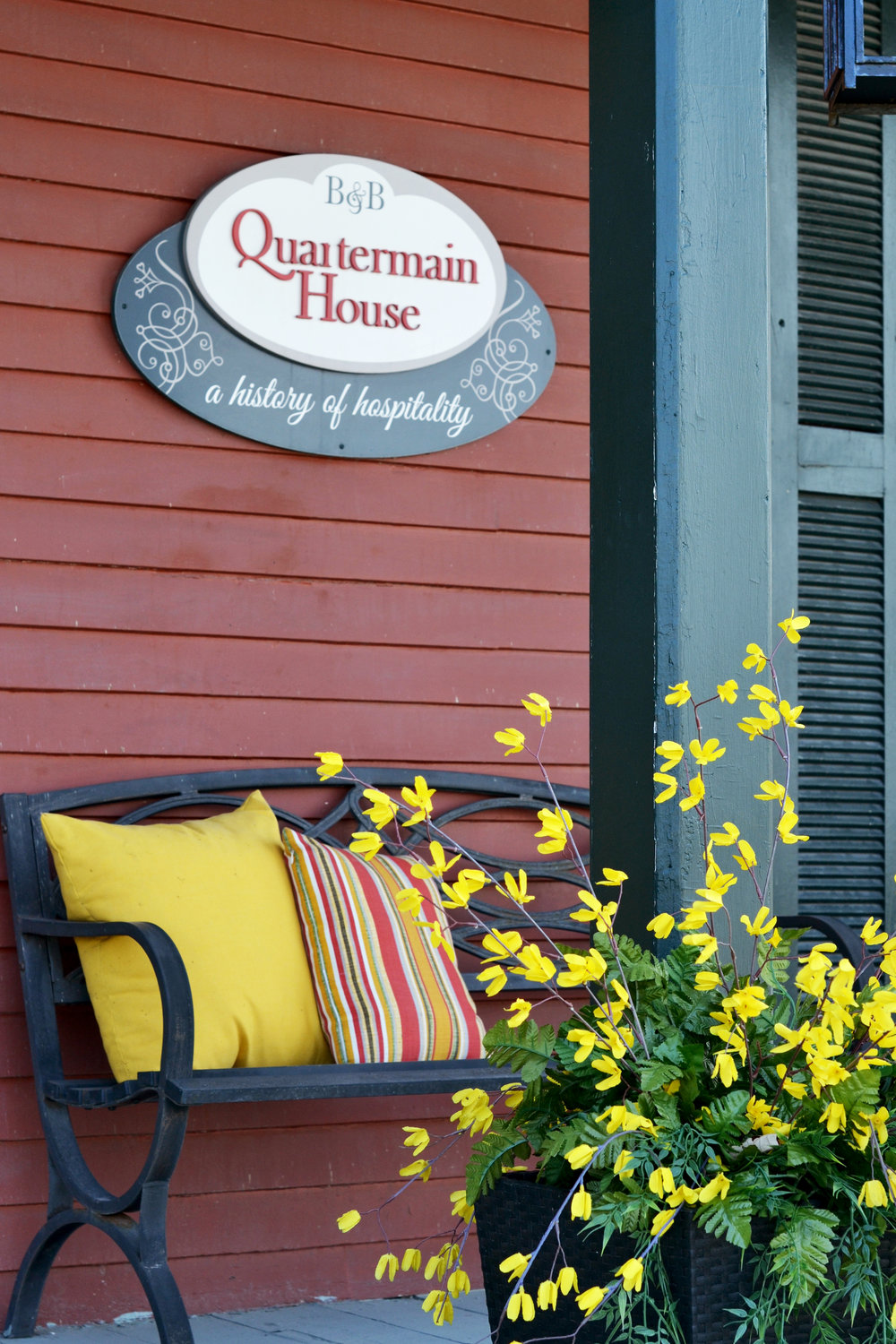 quartermainhousesign.jpg