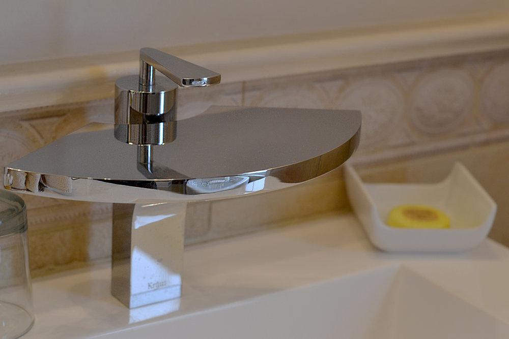 modernfaucet.jpg