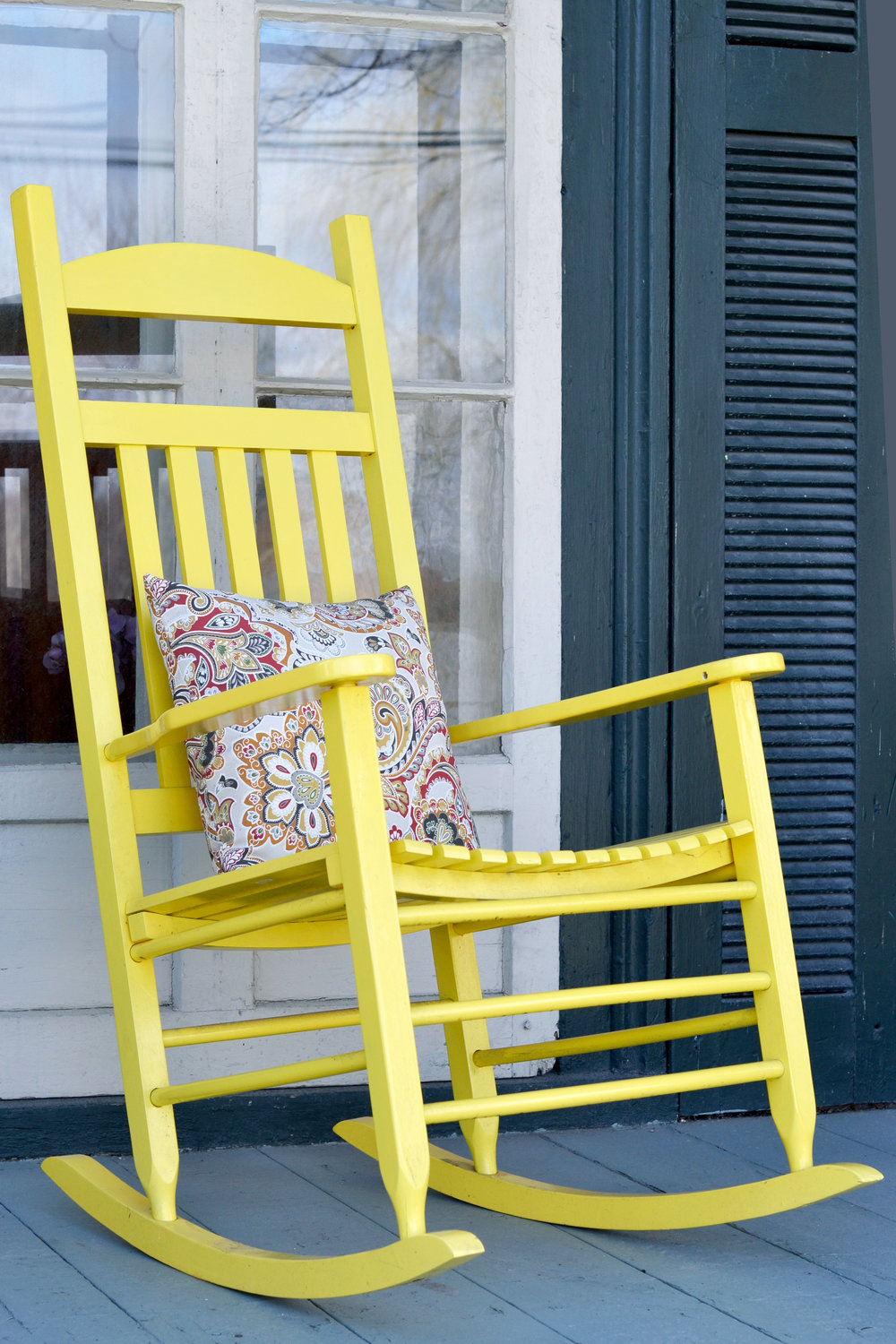 yellowrockingchair.jpg
