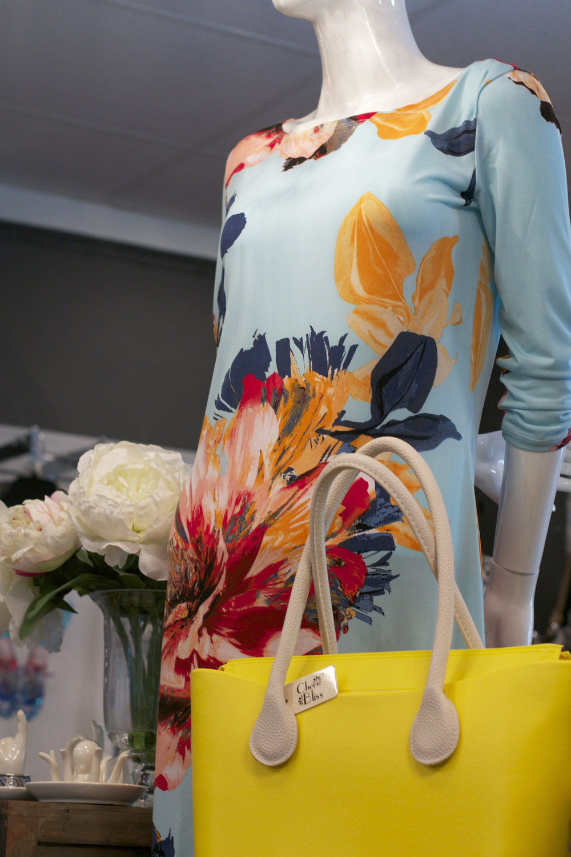 floraldress yellowpurse .jpg