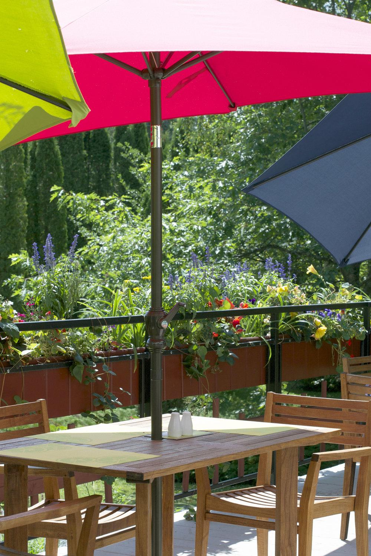 cafe-flora-patio.jpg