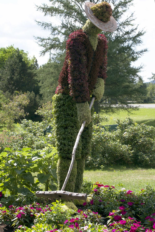 gardener-sculpture.jpg