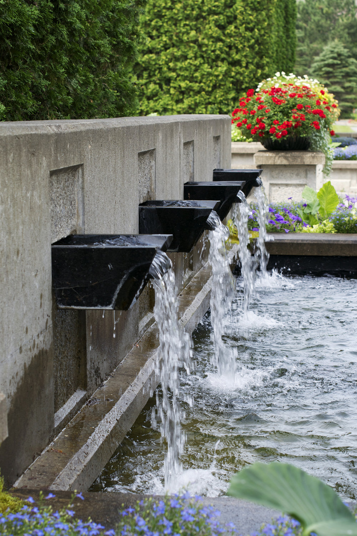 fountain-leftside.jpg