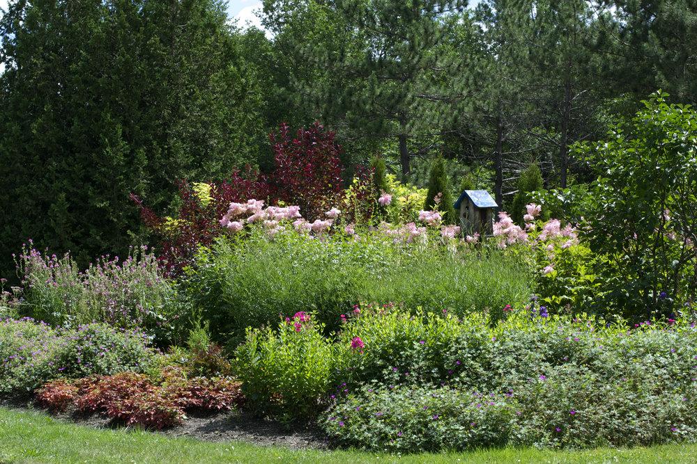beautiful-floral-display-garden.jpg