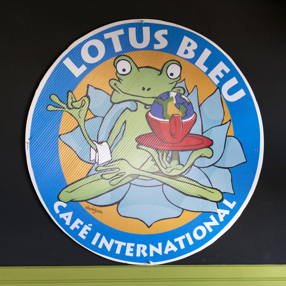 Cafe-Lotus-Bleu.jpg