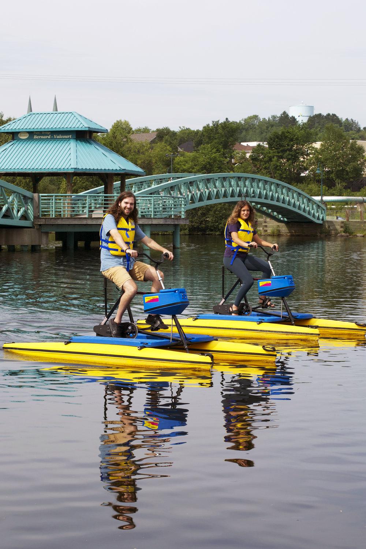 hydro-bike-happy-pair.jpg