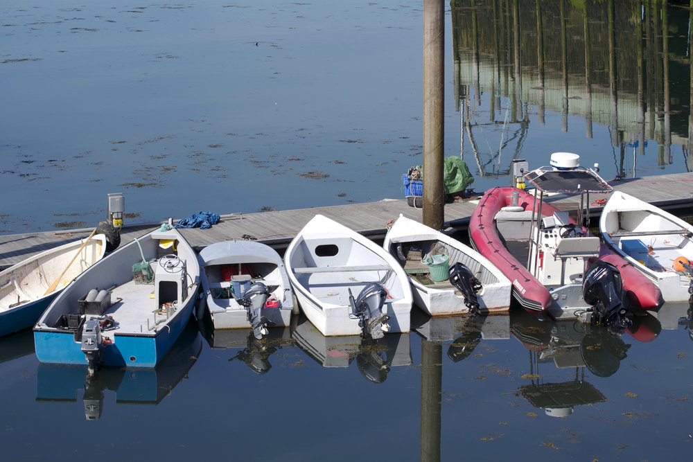 small-motorboats-in-a-row.jpg
