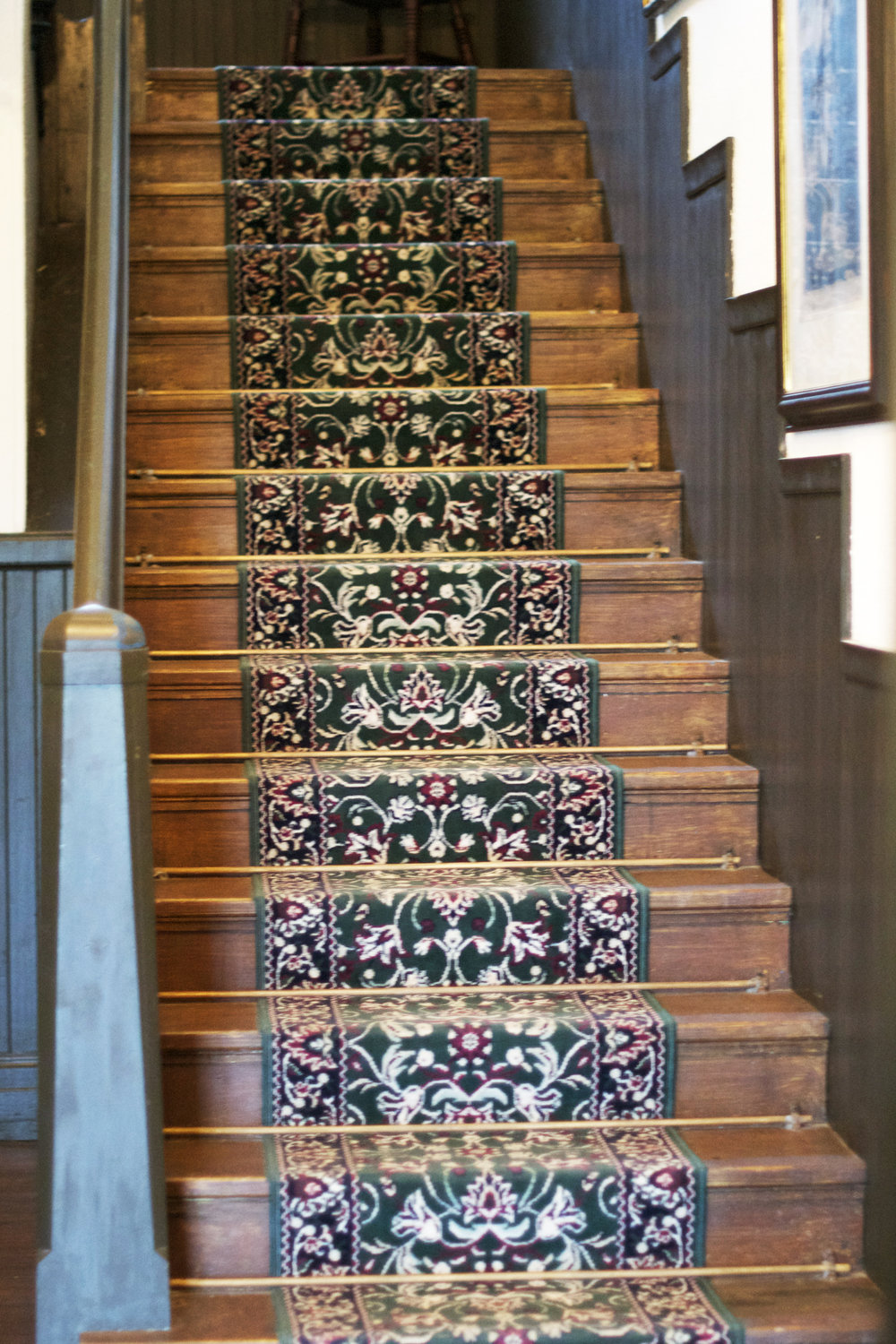 carpet-stairs.jpg