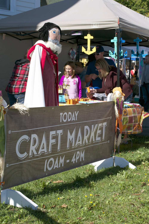 Craft-Market-sign.jpg