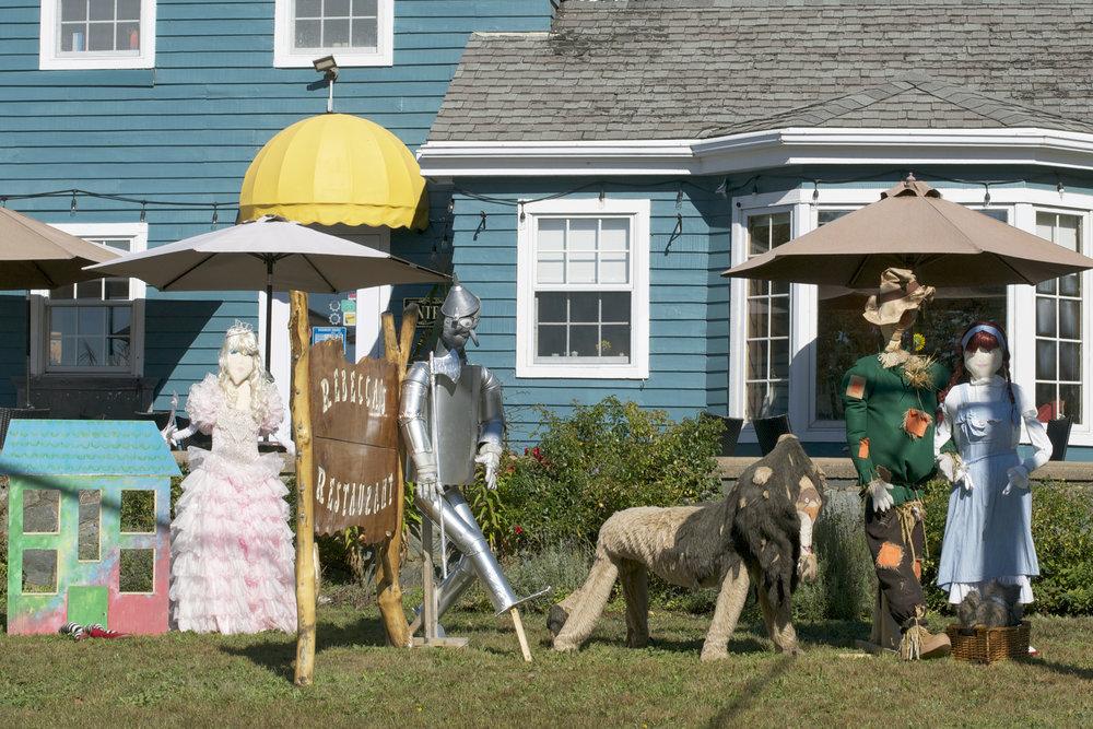 Wizard-Of-Oz-Crew.jpg