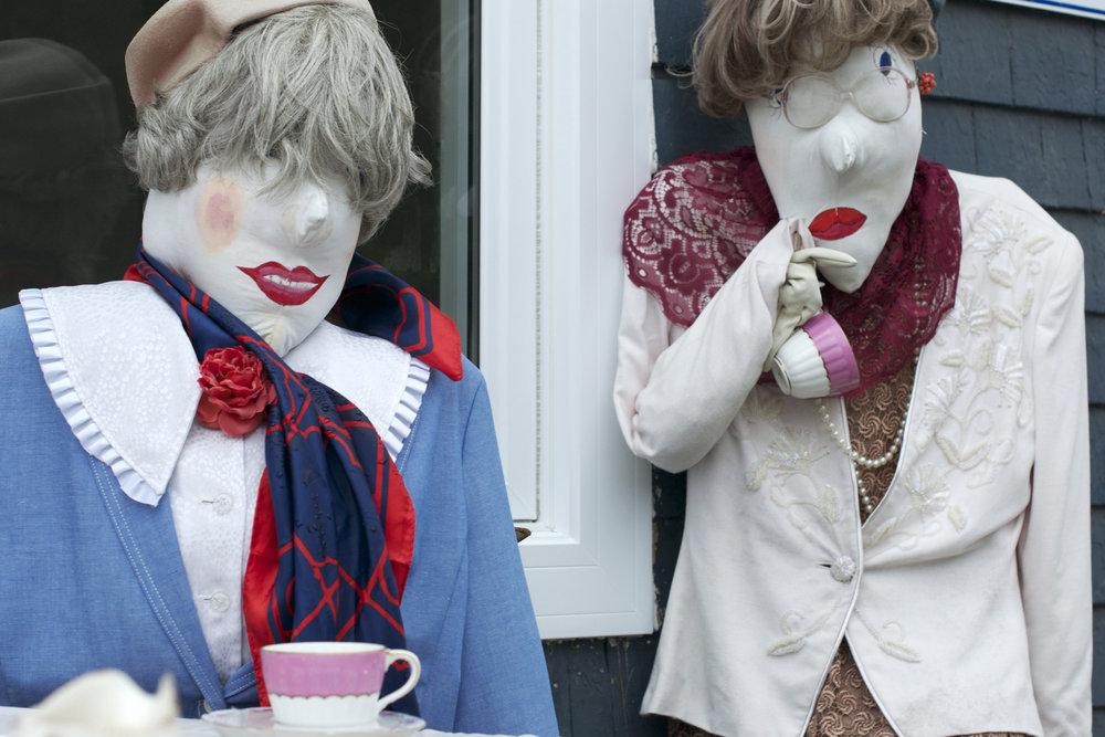 tea-party-gals.jpg