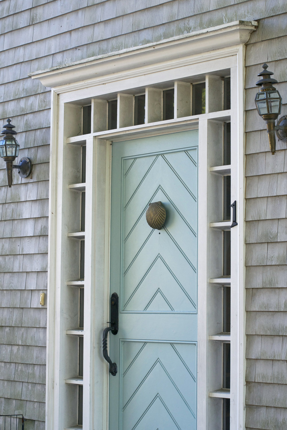 Chester-aqua-shell-knocker-door.jpg