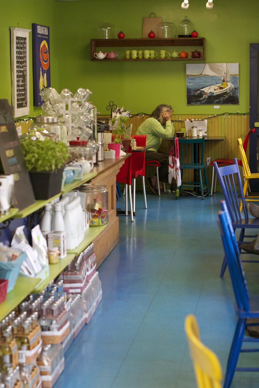 kiwi-cafe-inside.jpg