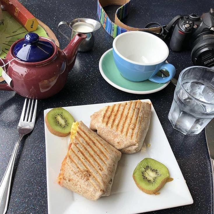 kiwi-cafe-breakfast-burrito.jpg