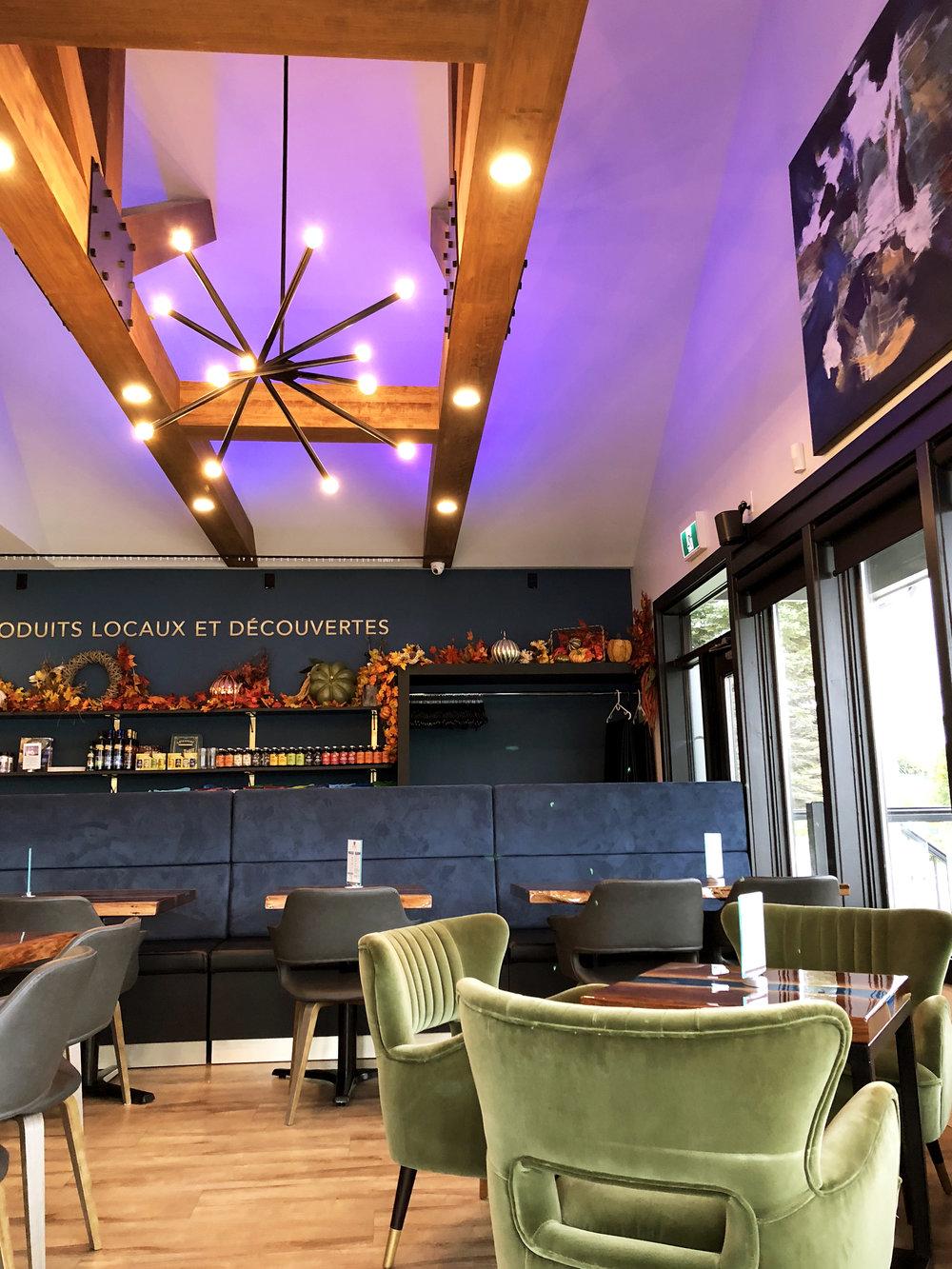 ecluse-interior-lights-ceiling-beams.jpg