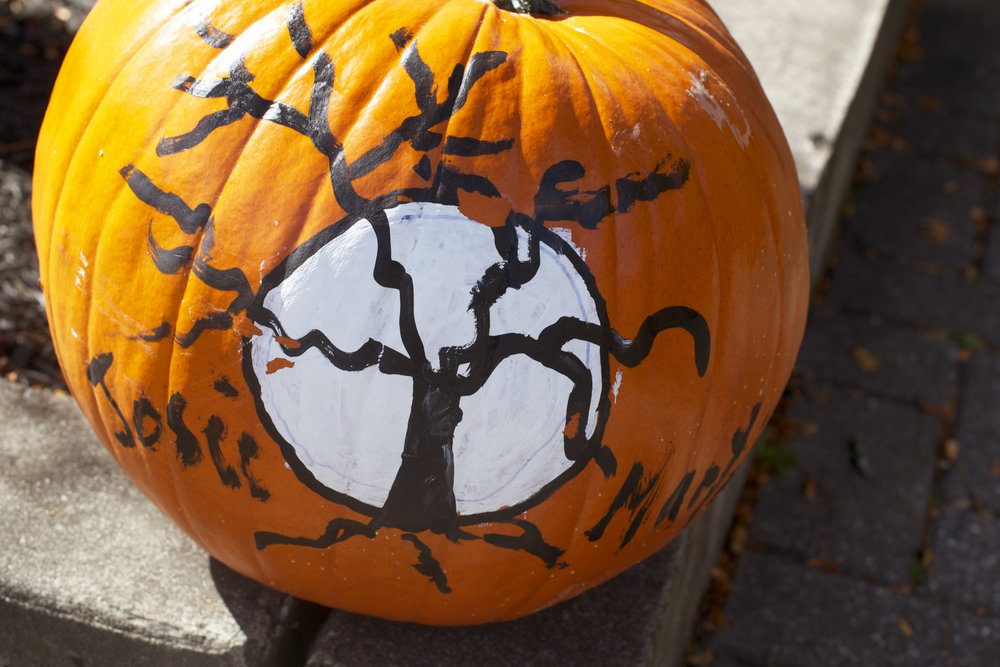 scary-tree-pumpkin.jpg