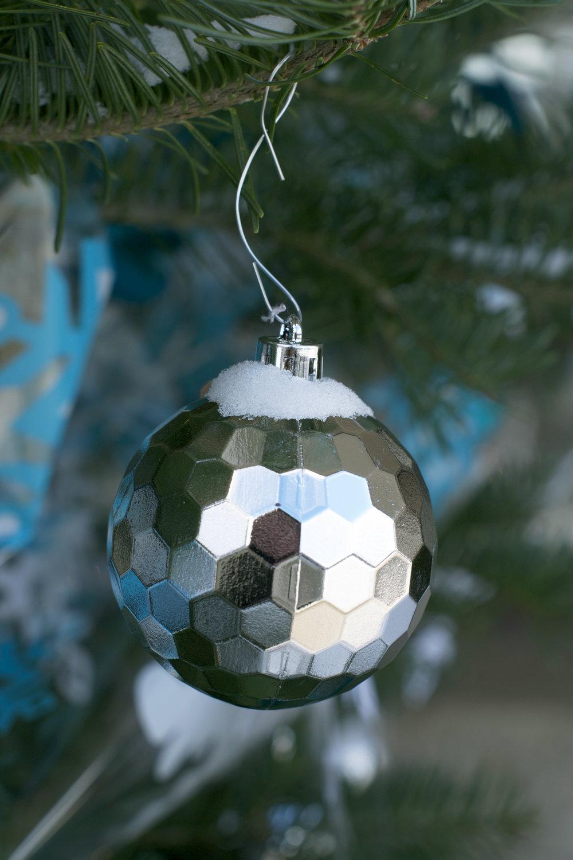 hexagon-globe-ornament-reflection.jpg