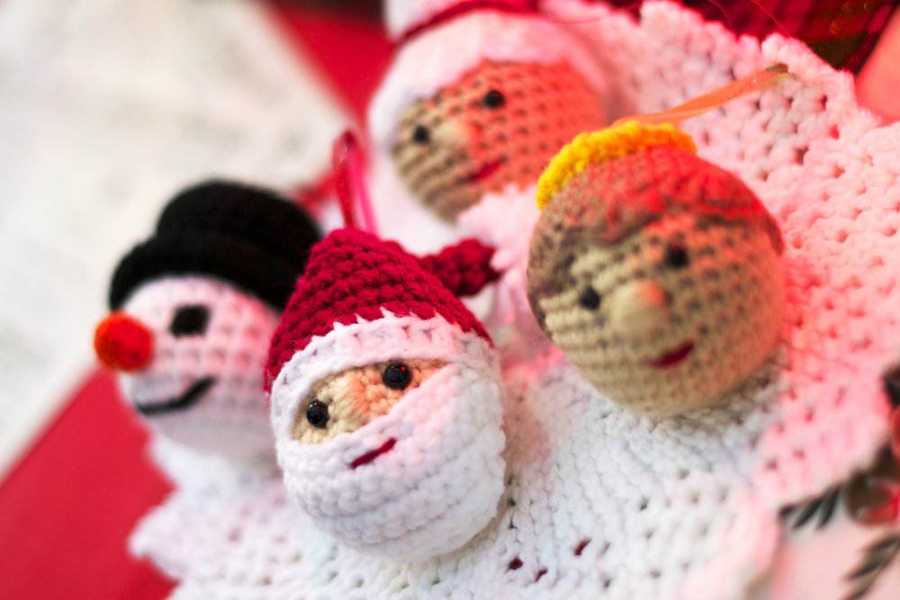 crocheted-xmas-ornaments.jpg